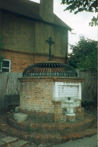 St Anne's Well Caversham2