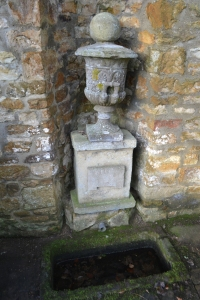 St Peter's Well and Bath House Rushton (36)