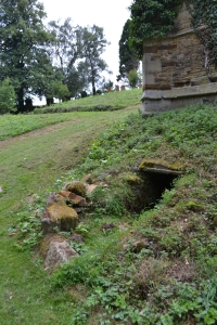 Holy Well and St John's church ruins Boughton (32)